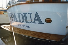 Offering: Quality boat graphics and vinyl lettering